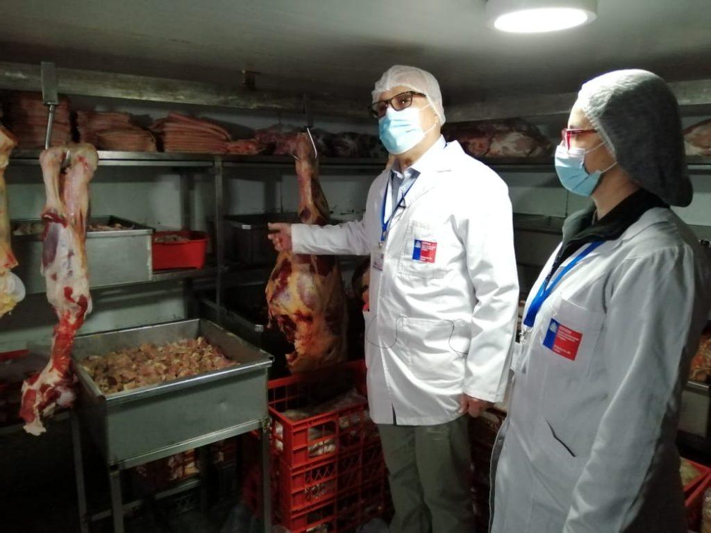 Seremi de Salud fiscaliza en carnicerías protocolos Covid-19 y condiciones sanitarias de los productos 2