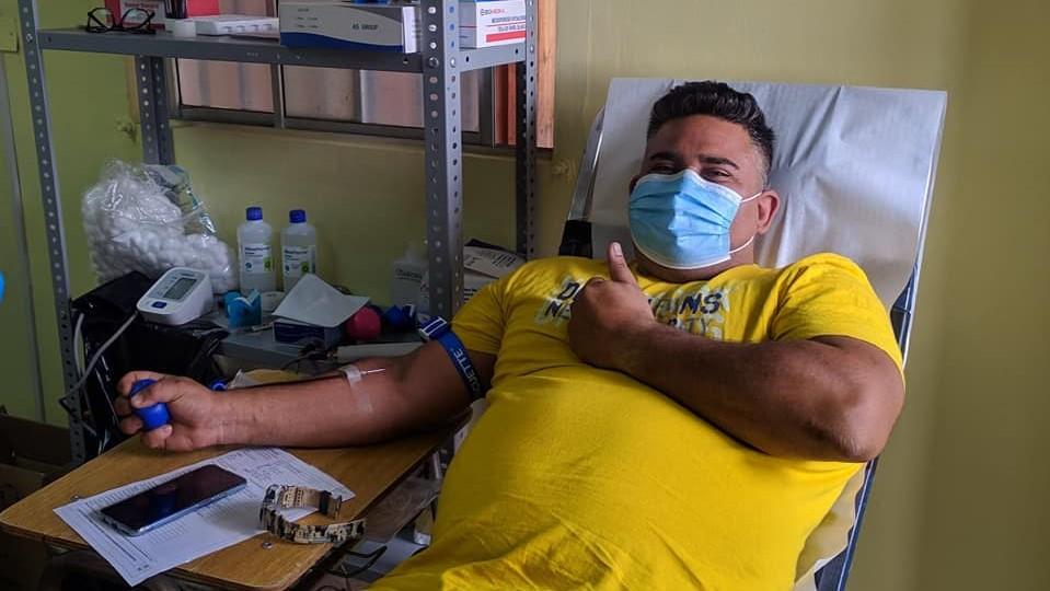 Donante de sangre voluntario HR