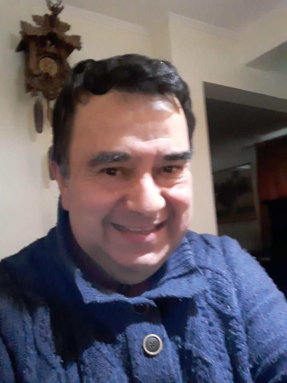 Escritor Patricio Pinto Leiva